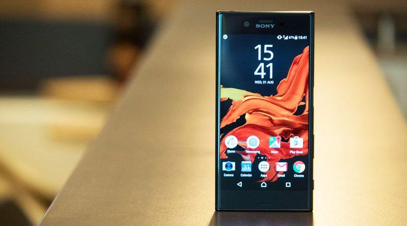 Обзор смартфонов Sony Xperia XZ и Xperia X Compact | фото: androidcentral.com