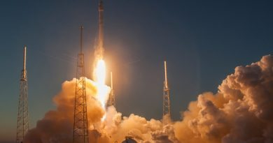 SpaceX запустит спутники для интернета