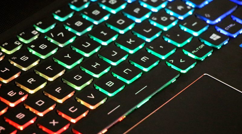 Игровой ноутбук MSI GT62VR 6RE Dominator Pro | фото: amazonaws.com