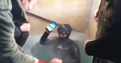 iPhone 7 в Якутске провел на дне реки 13 часов