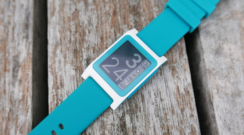 Pebble 2 (2) | фото: trustedreviews.com
