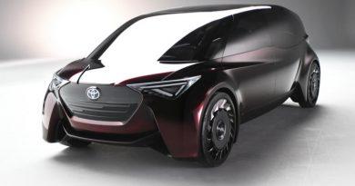 Toyota создала «гостиную на колесах»