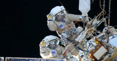 Космонавты   Фото: 3dnews.ru