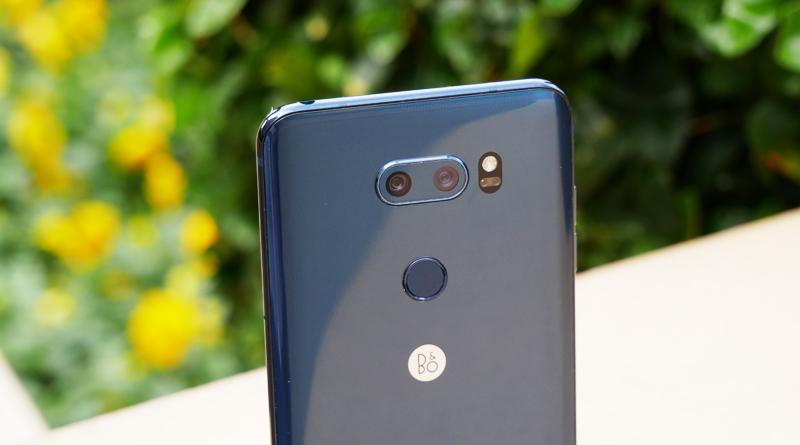 Полный обзор топового смартфона LG V30+