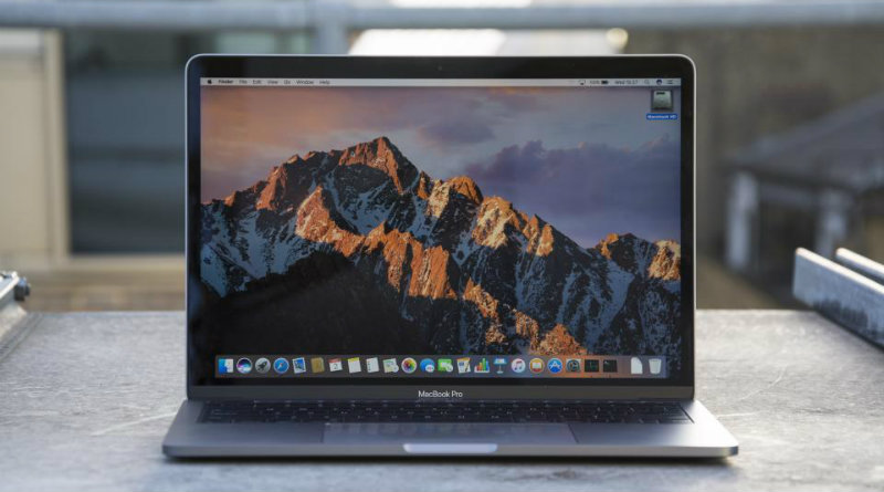 Macbook Pro | Фото: expertreviews.co.uk