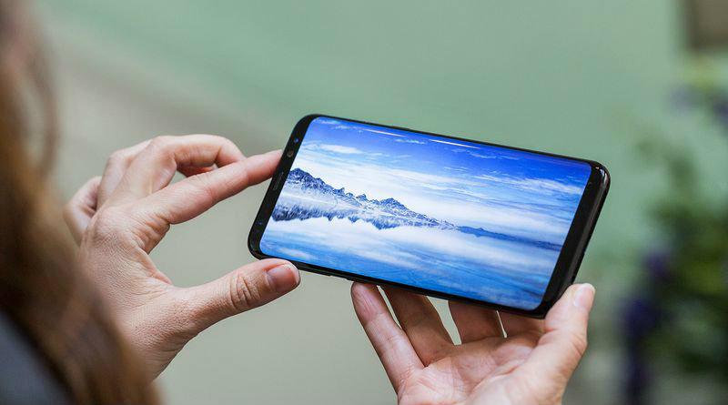 Galaxy S8 | Фото: theverge.com