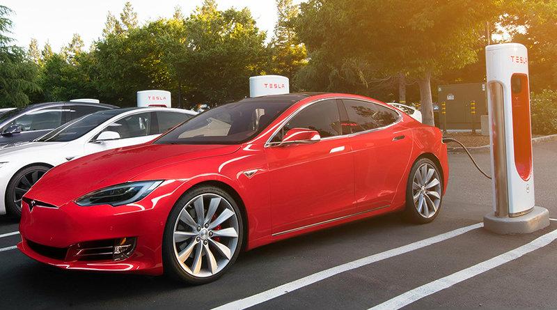 Tesla Model S | Photo: evmode.ru