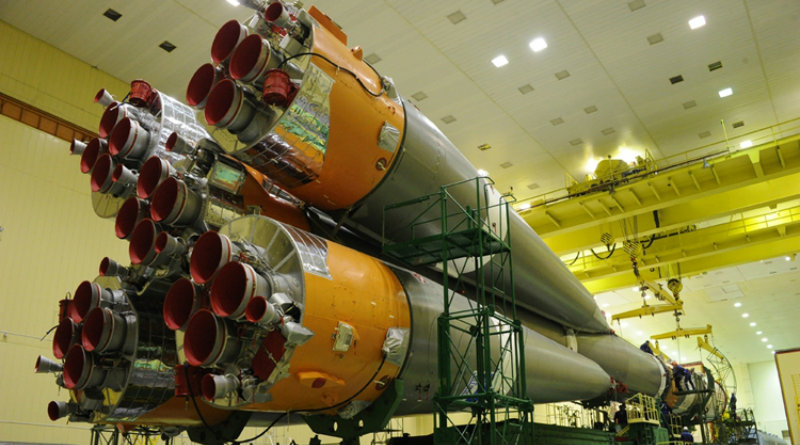 Строительство ракеты | Фото: 3dnews.ru