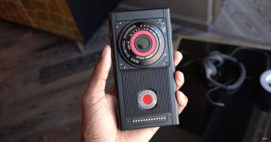 RED Hydrogen One | Фото: gadgethacks.com