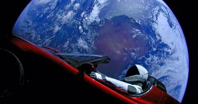 Tesla в космосе | Фото: SpaceX