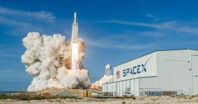 Falcon Heavy | Фото: The Verge