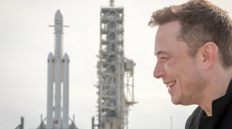 Falcon Heavy | Фото: https://cdn.arstechnica.net