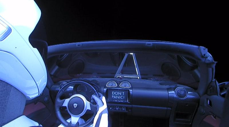Tesla в космосе | Фото: meduza