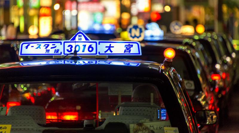 Такси в Японии   Фото: themarkeworld.com/