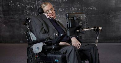 Стивен Хокинг | Фото: https://hi-news.ru