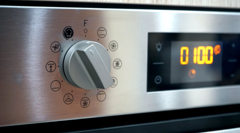 Indesit Turn & Cook | Фото: chudo.tech