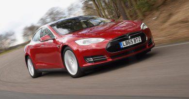 Tesla Model S | Фото: Tesla Roadster | Фото: Tesla