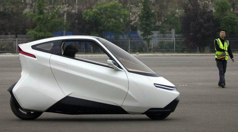 Двухколесный автомобиль | Фото: Motor.ru