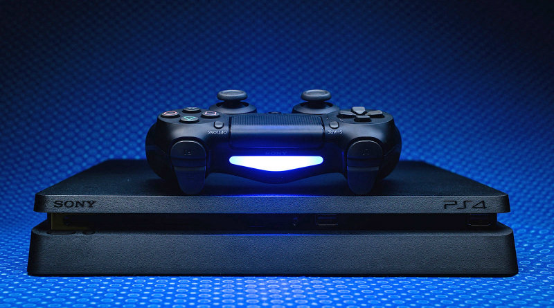 PlayStation 4 Slim | Фото: Engadget