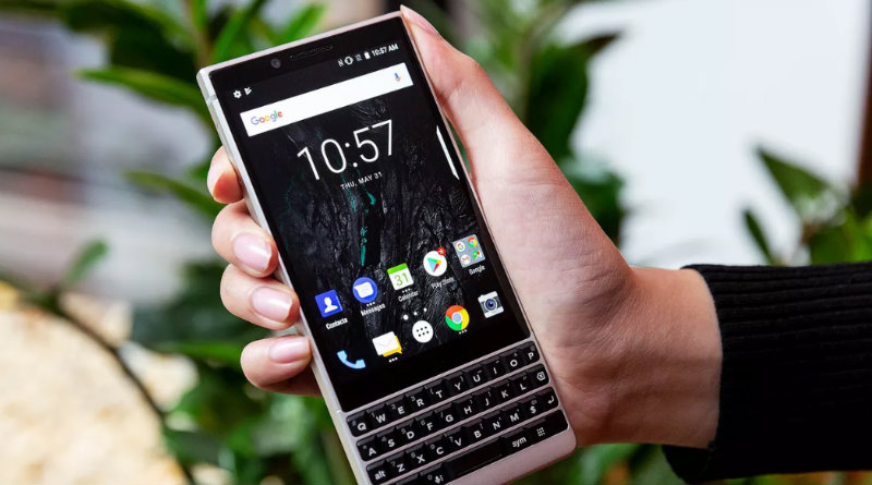 BlackBerry KEY2 | Фото: The Verge