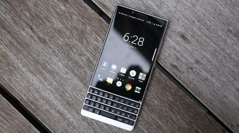BlackBerry KEY2 | Фото: Engadget