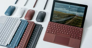 Microsoft Surface Go | Фото: Wired