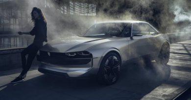 Фото дня: электрический ретрокар Peugeot