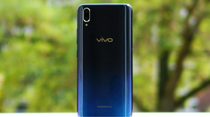 Vivo V11   Фото: Android Authority