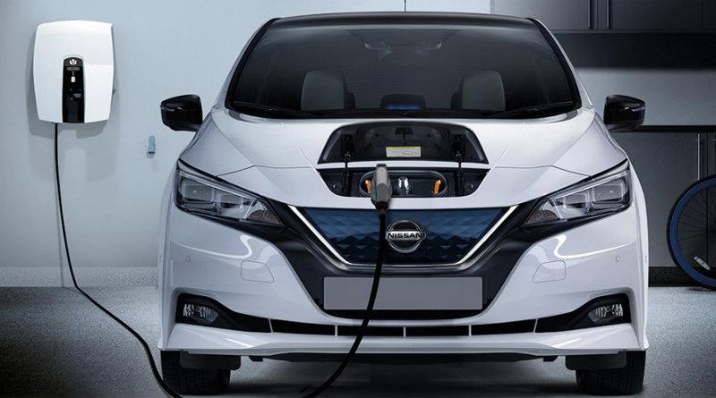Nissan Leaf   Фото: electrive