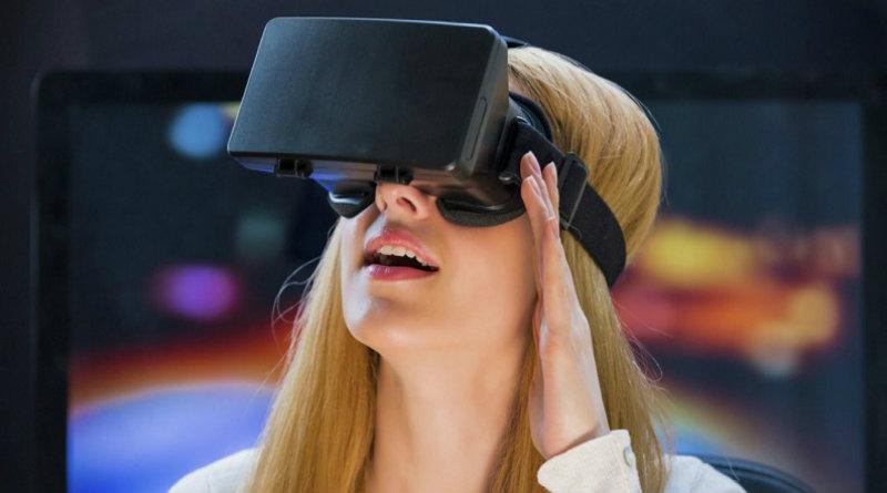 VR-шлем | Фото: industrymebe