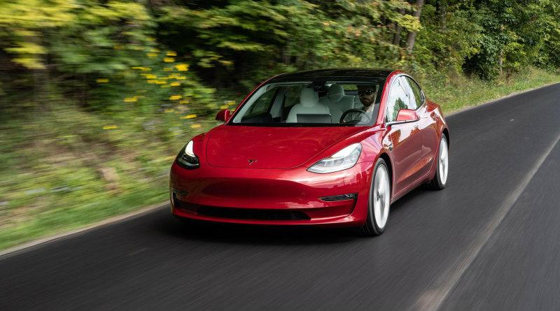 Tesla Model 3 | Фото: cbsistatic