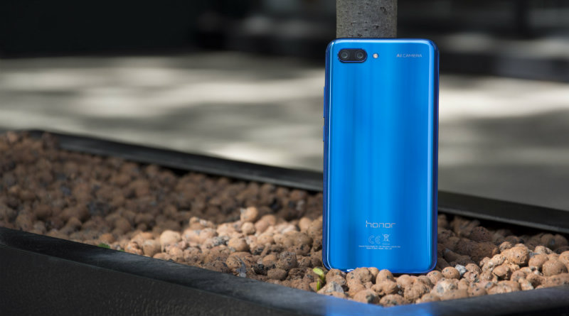 Honor 10 | Фото: Expert Reviews