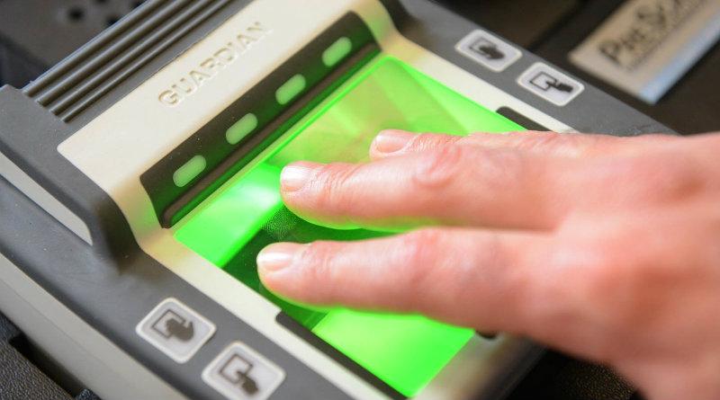 Отпечатки пальцев | Фото: https://visa-exp.com