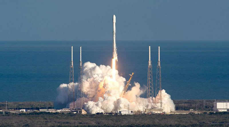 Falcon 9 | Фото: iz.ru