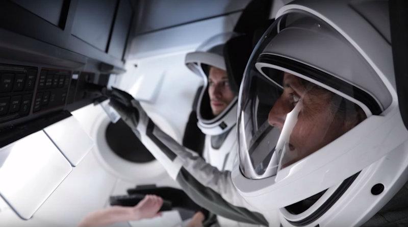 Скафандр SpaceX | Фото: teslarati