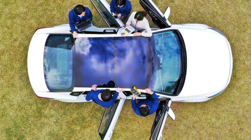 машина с солнечной крышей | Фото: hyundai