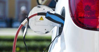 BMW и Porsche сделали сверхбыструю зарядку