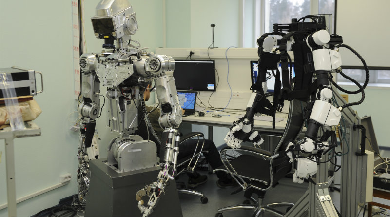 Робот-космонавт | Фото: ЦПК