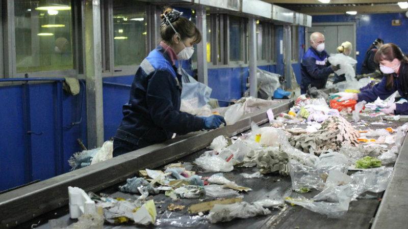 сортировка мусора   Фото: http://1-smol.ru
