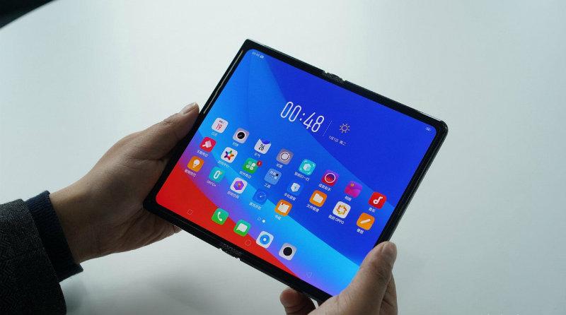Складной смартфон Oppo