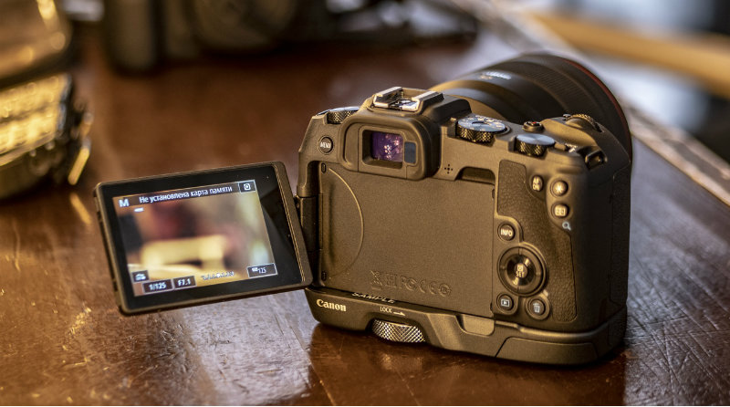 Canon EOS RP   Фото: chudo.tech