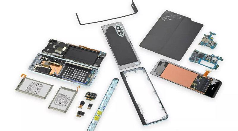 Samsung Galaxy Fold разобрали