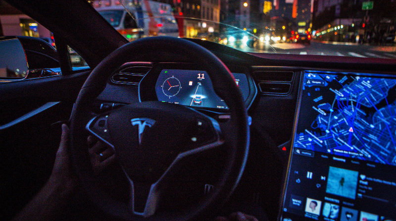 Tesla | Фото: engadget