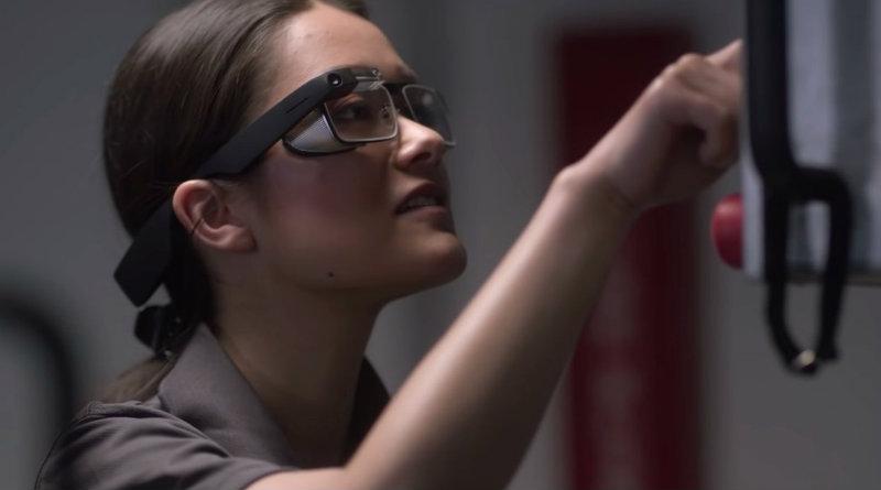 Новые Google Glass | Фото: Google