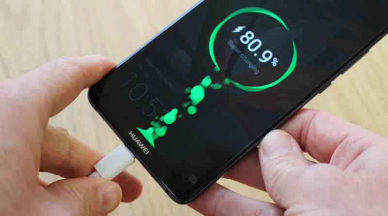 Быстрая зарядка Huawei   Фото: easyacc
