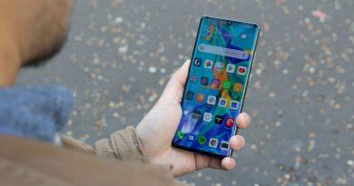 Huawei не сможет выпускать смартфоны с microSD