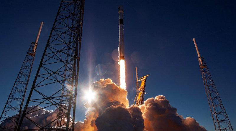 Falcon Heavy | Фото: thegeekherald