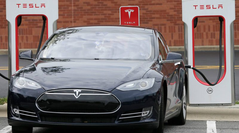 Tesla | Фото: media.npr.org