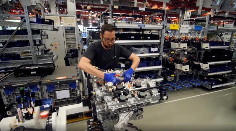 Завод Mercedes AMG | Фото: chudo.tech