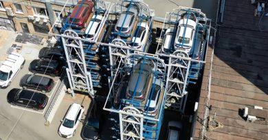 Парковка официального дилера Nissan на Таганке   Фото: chudo.tech